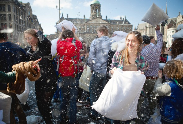 Pillow Fight Day 2016
